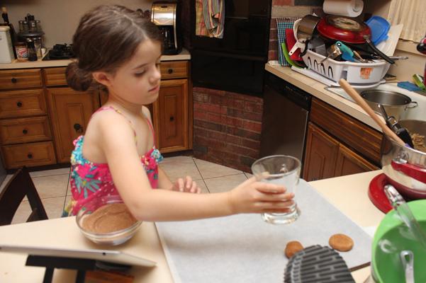 Juliet flattening cookies